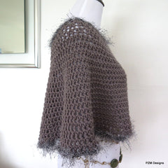 Grey Short Circle Poncho, Hand crochet poncho with faux fur trim, gift for her - PZM Designs
