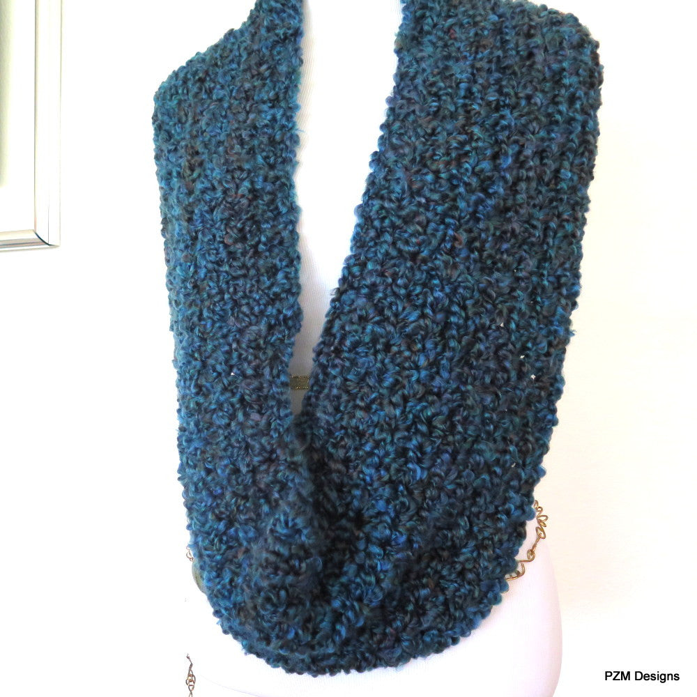 Thick Teal Crochet Infinity Scarf - PZM Designs