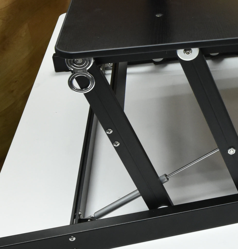 Touch Standing Desk Converter With Gas Spring Rt
