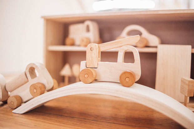 QToys Wooden Vehice and Signs Play Set