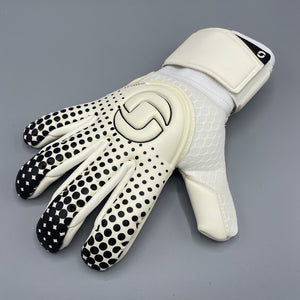Classic 2.0 Hybrid Goalkeeper Gloves White/Black