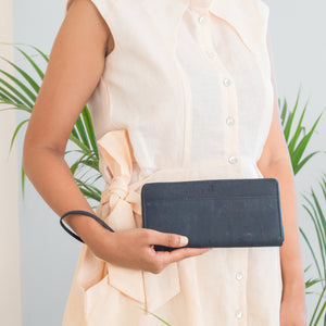 Willow Ziparound Wristlet - Blue