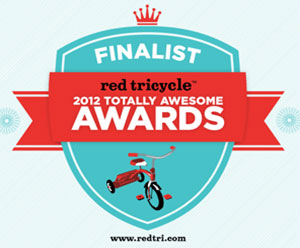 Nomie Baby's Purple Footmuff Stroller Blanket is a Red Tricycle Finalist