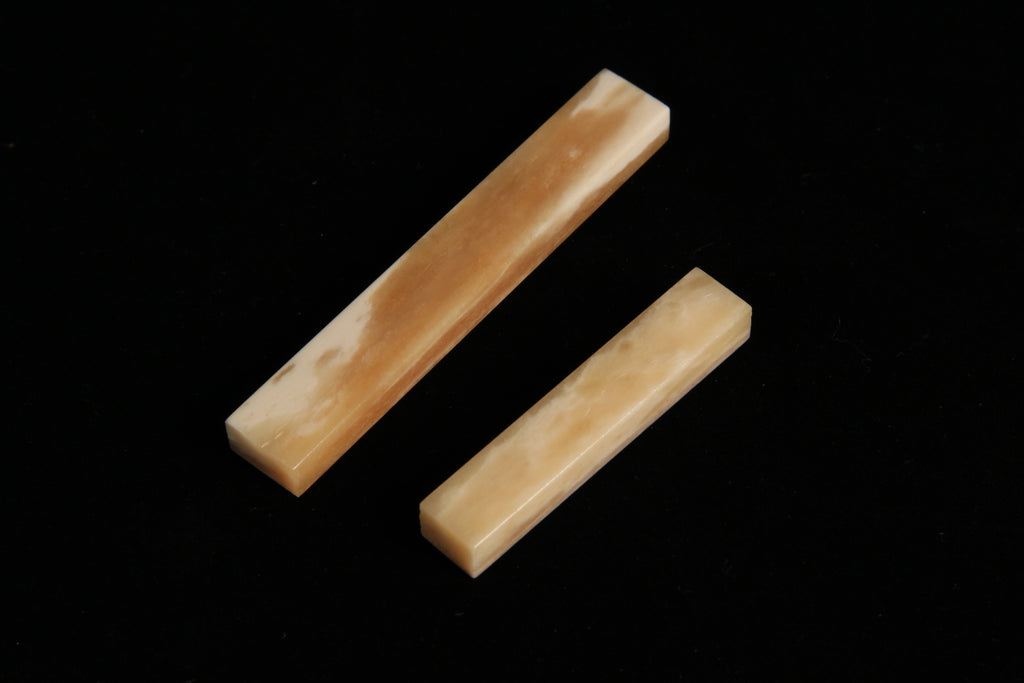 Bone Guitar nuts - Caramel Cream, natural buffalo bone