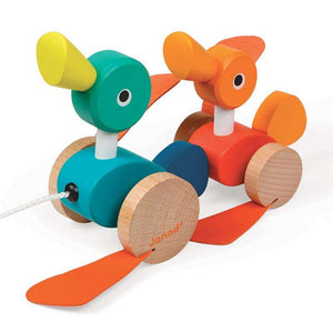 Janod Duck Family Pull Along (Age 1 +) - Send A Toy