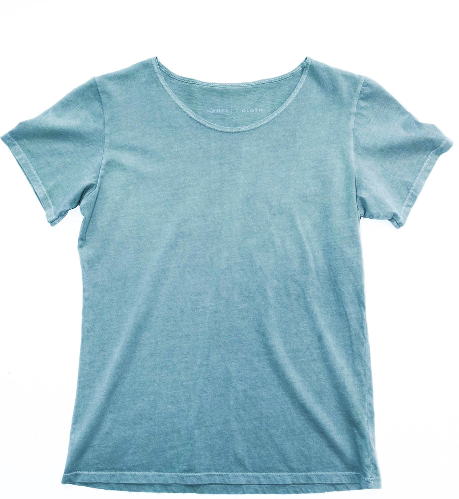WOMEN'S SCOOP NECK IN SAGE