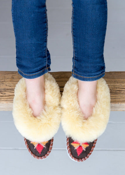 Seconds - Children's Sheepskin Moccasins – Cayenne - The Small Home