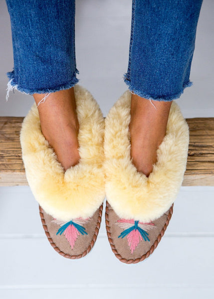Women's Sheepskin Moccasin Slippers – Sand/Pepto Pink - The Small Home