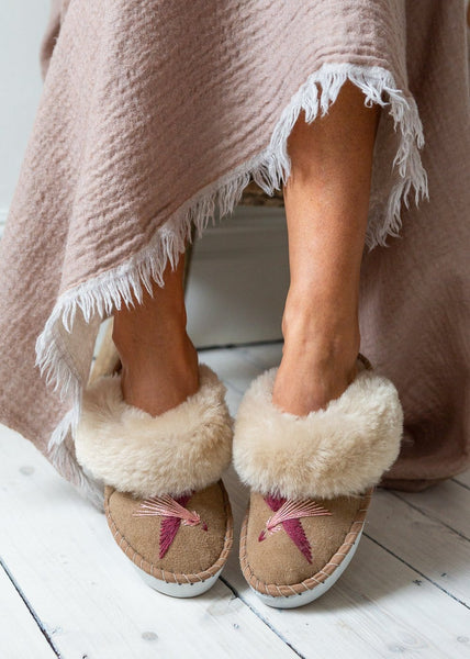 Women's Sheepskin Mules – Love Birds - Pink - The Small Home