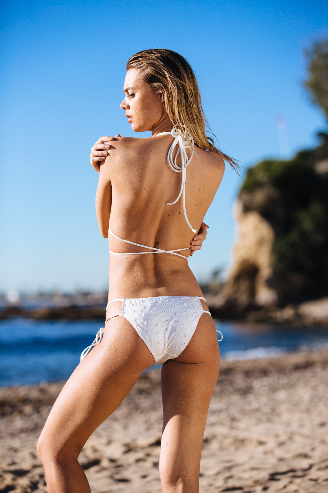 BI-KINI BOTTOM - SIGNATURE EYELET