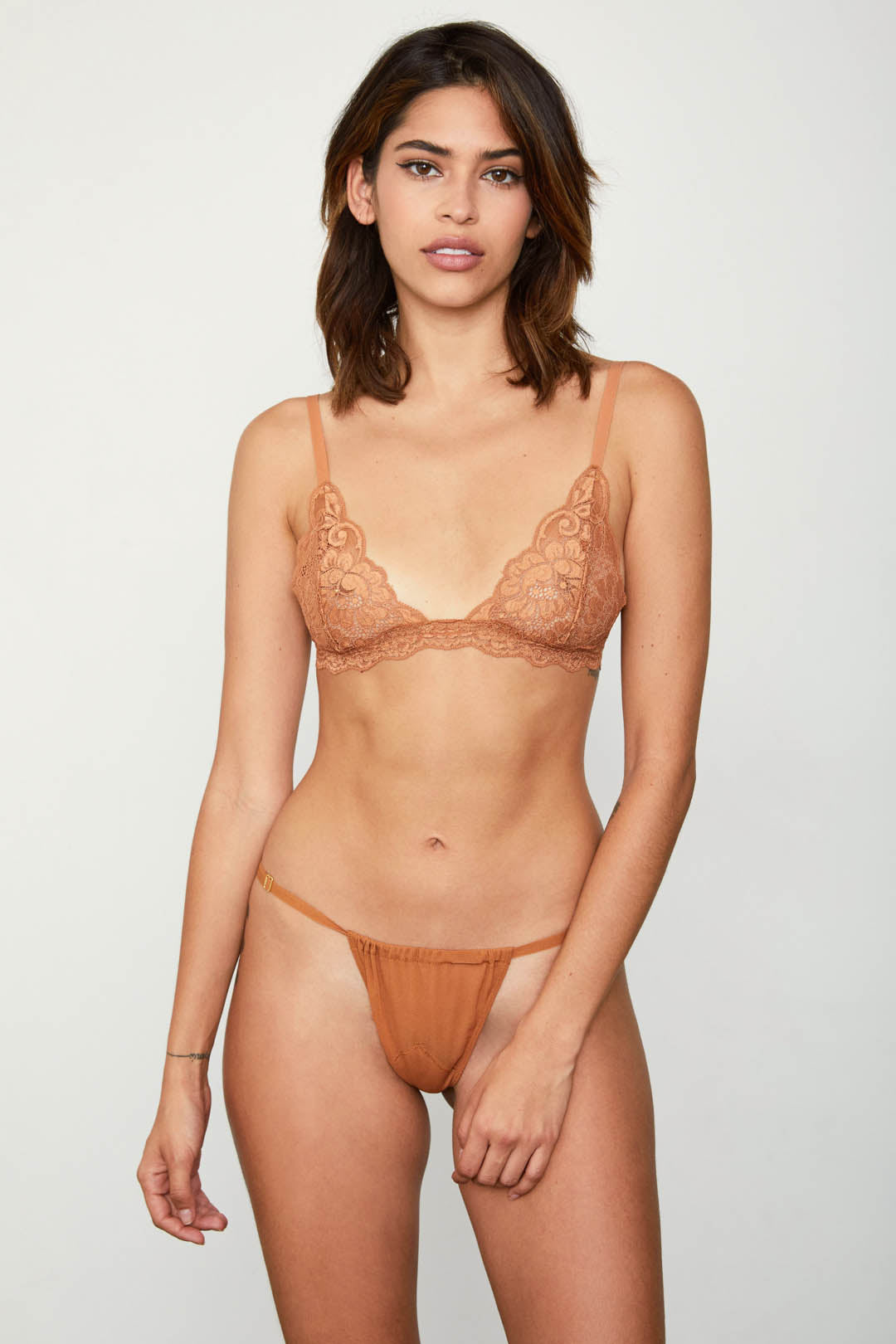 2 A T-STRING PANTY | BROWN SUGAR