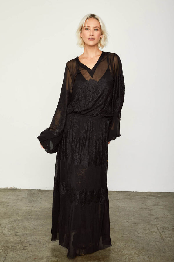 black loose fitting mesh and lace maxi dress v back machine washable| Model is wearing Size XS/S