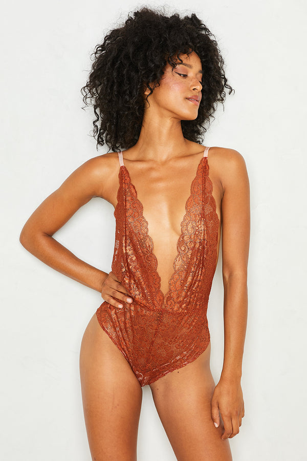 Comin' In HAHt Lace Bodysuit | Bronze Foil