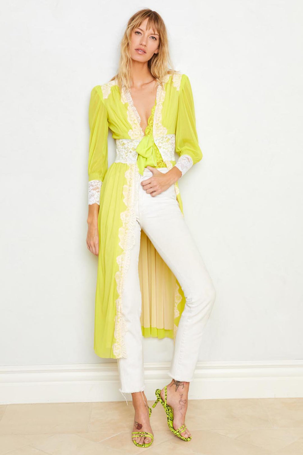 Neon yellow long lace robe with a tie front. Machine washable.