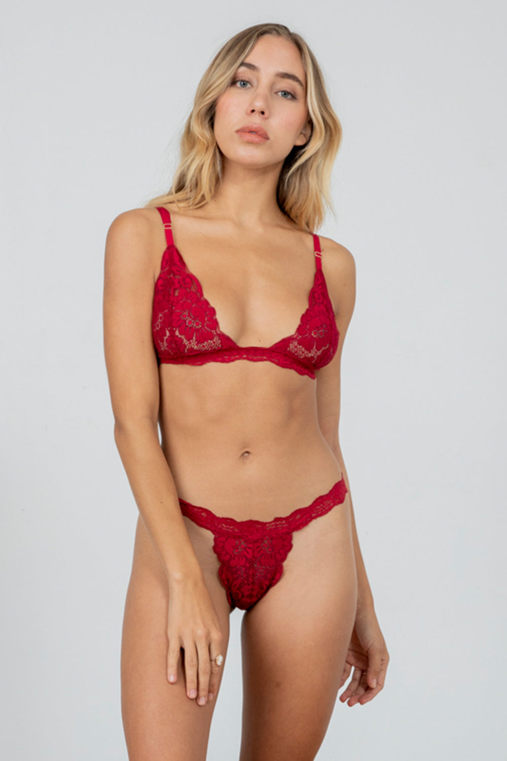 dark red lacy bralette | Model is wearing size S