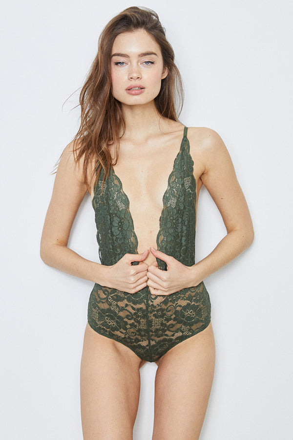 Comin' In HAHt Lace Bodysuit | Graphite Green