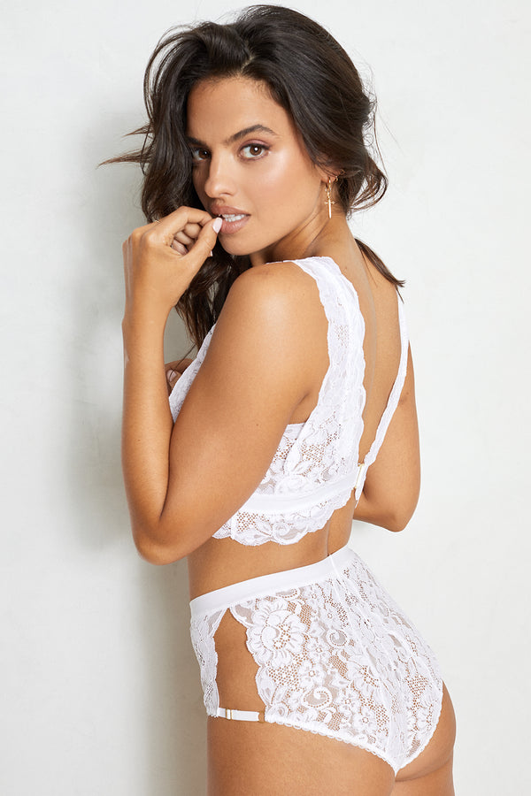white hi-waisted lace panty with full coverage