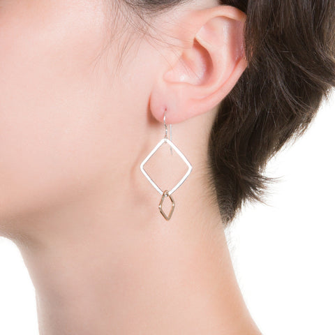 Angle Grow Earrings