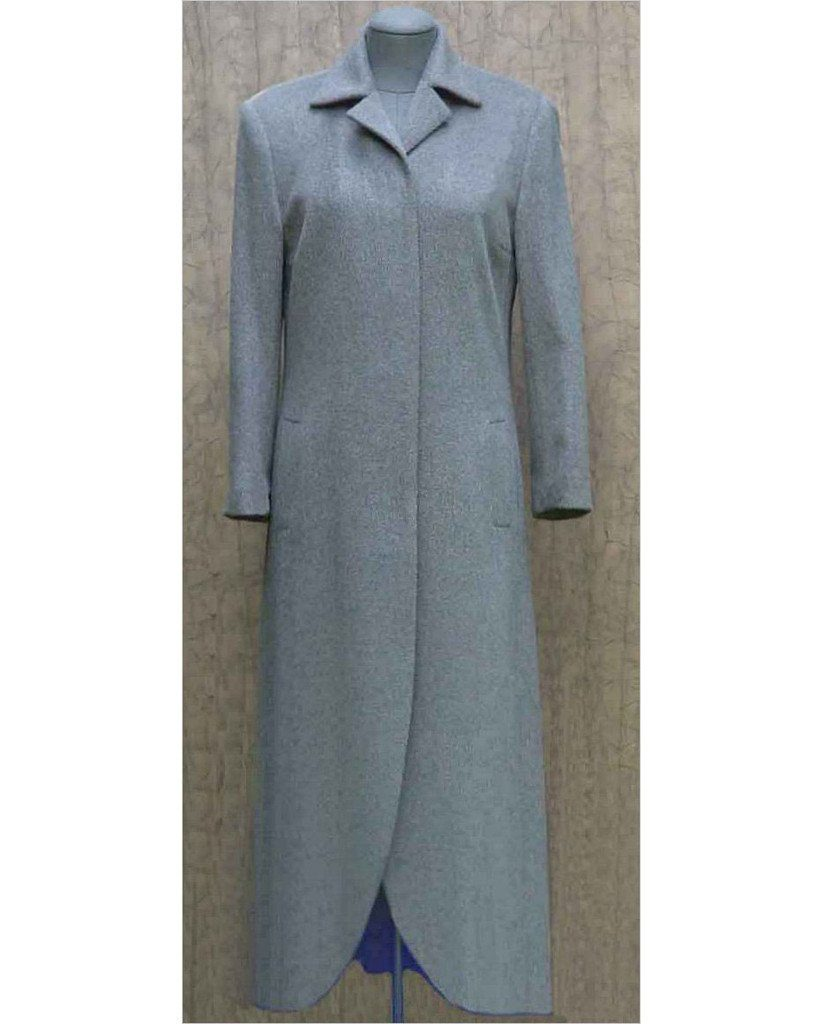 Cashmere coat with hidden buttons