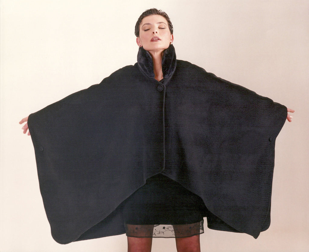 Pure cashmere cape with stand up collar
