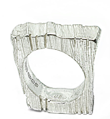 BRUTALIST ring - square (4)