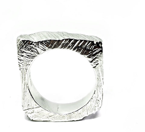 BRUTALIST ring - square (2)