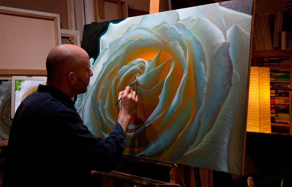 Vincent Keeling painting a large white rose