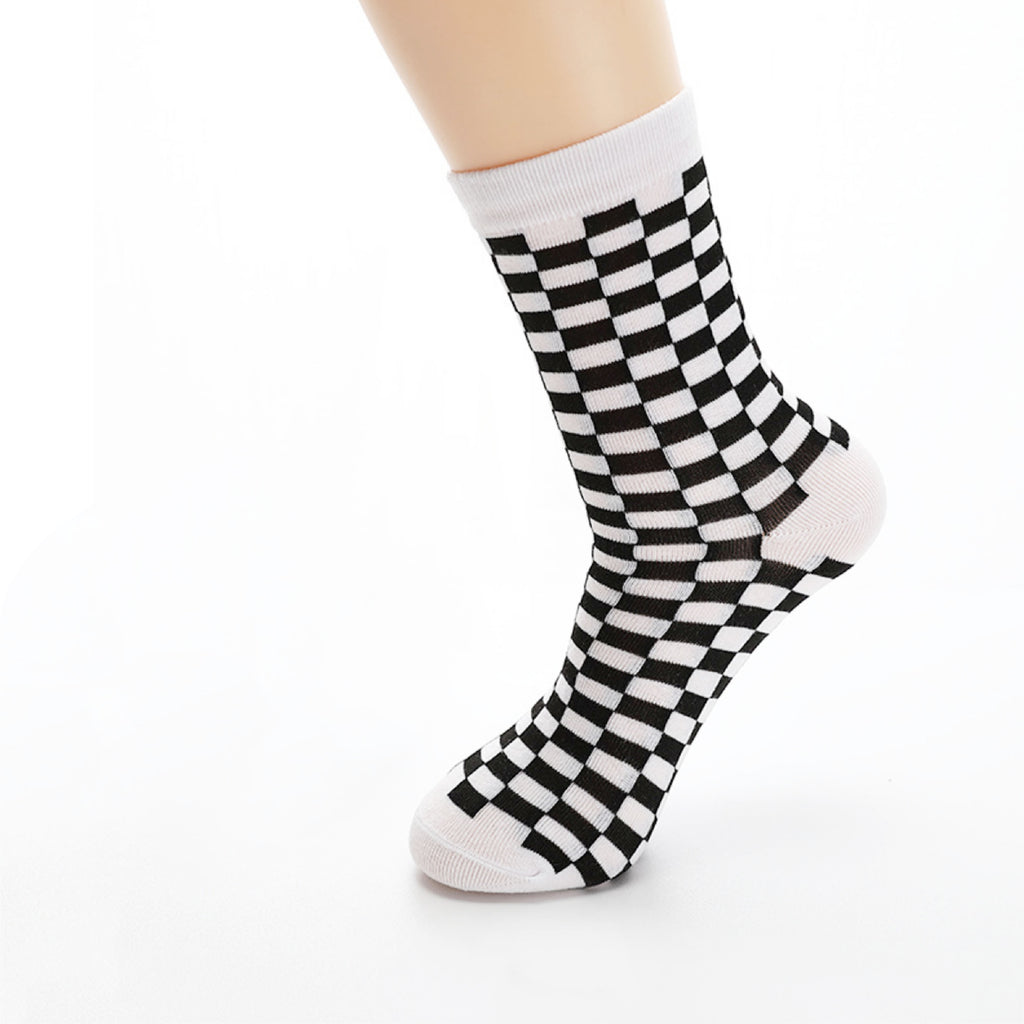 CHECKER SOCKS 90S BABE