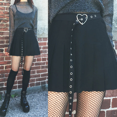 FREE SHIP- 2018 Kawaii Goth-heart belt skirt