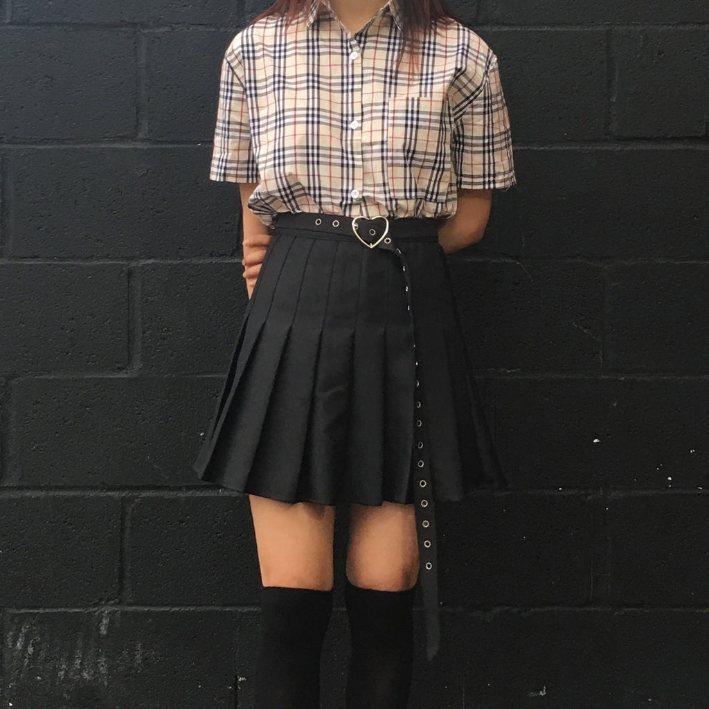 2018 Soft Grunge Plaid top + Kawaii Goth-heart belt skirt