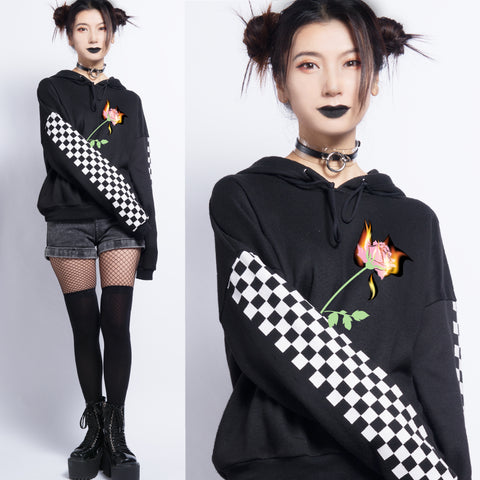 MY LIOVE IS ON FIRE -90s Checkerboard CROP jumper