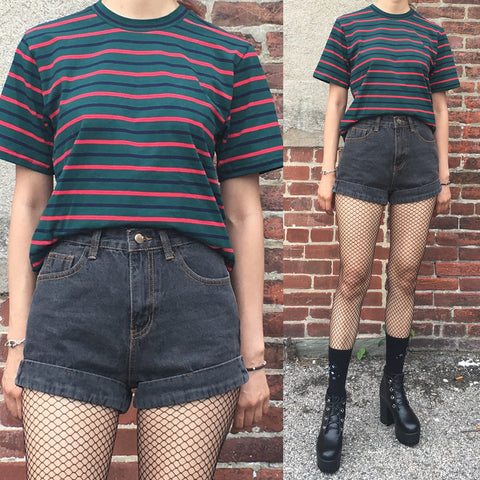 NEW - 90s KIDS - UNISEX GREEN STRIPED LOOSE TEE - ULTRA SOFT