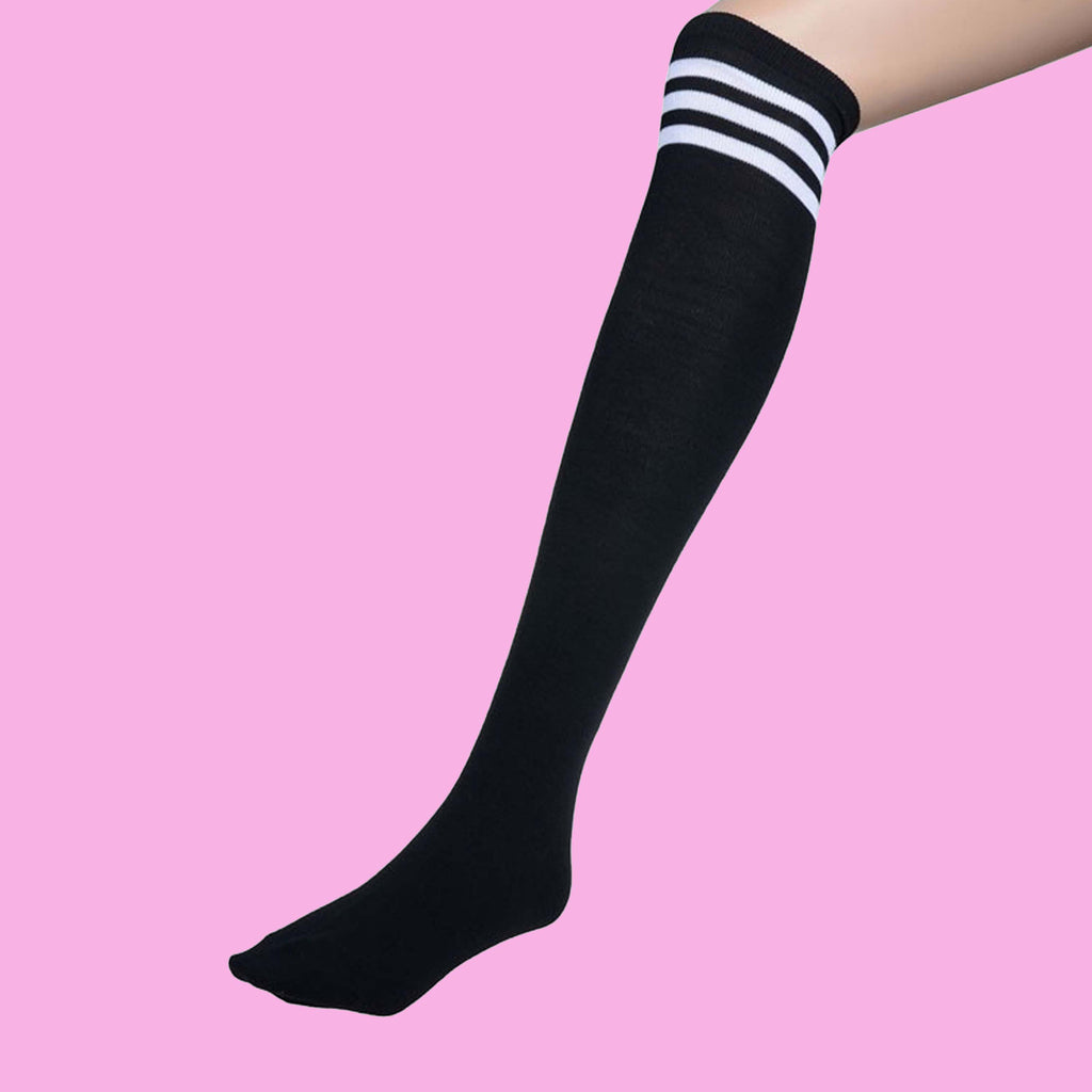 KAWAII MUST-HAVE KNEE SOCKS
