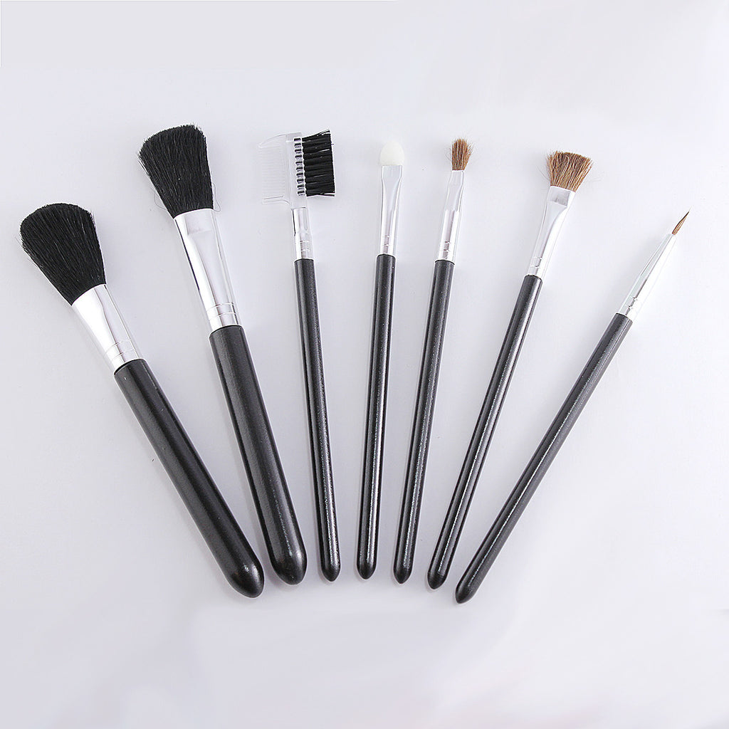 Essendential 7 Pcs Eys and Face Makeup Brush Set