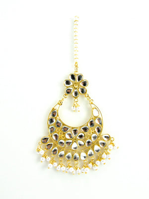 Royal Kundan with White Pearls Mang Tikka - Desi Royale