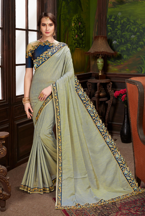 Green traditional Saree - Desi Royale