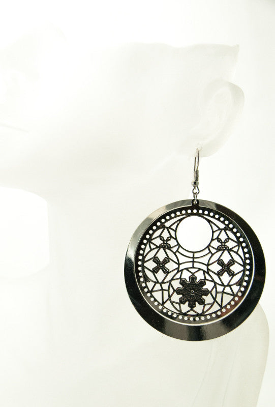 Floral round earrings - Desi Royale