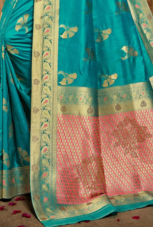 Peach Banarasi Silk Saree - Desi Royale