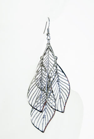 Antique silver leaf earrings - Desi Royale