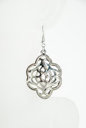 Silver filigree earrings - Desi Royale