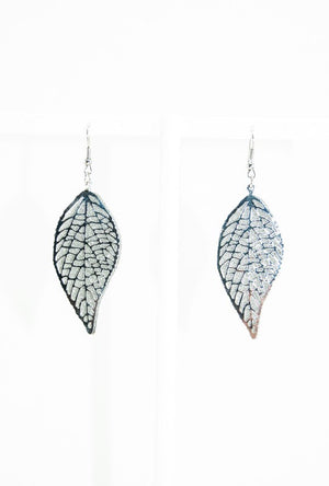 Small Leaf earrings - Desi Royale