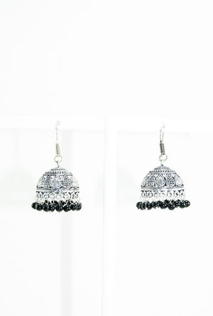 Black metal earrings with black beads - Desi Royale