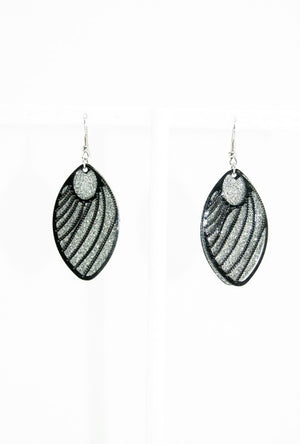 Black crystal oval earrings - Desi Royale
