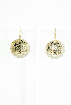 Gold round filigree earrings - Desi Royale