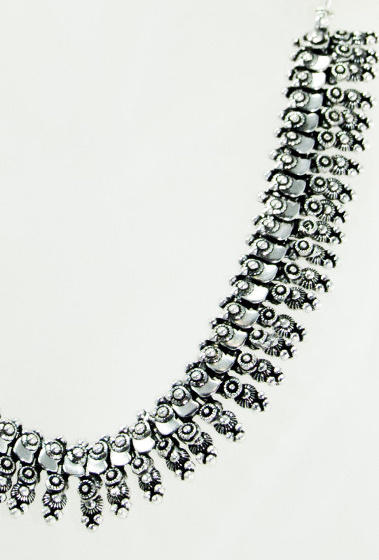Sterling Silver Floral Necklace - Desi Royale