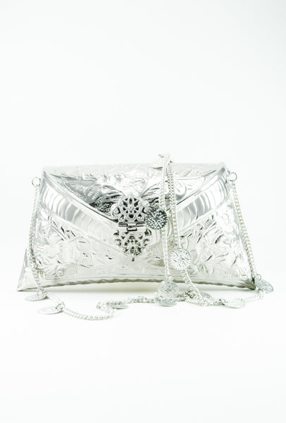 SILVER METAL BOHEMIAN CLUTCH WITH WHITE PEARL TASSLES