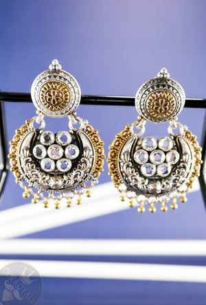 Flower Silver earrings with gemstones - Desi Royale