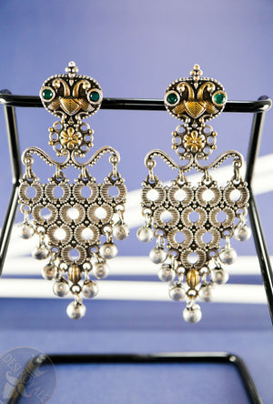 Dua Silver earrings with gemstones - Desi Royale