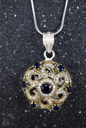 Blue Chakra Silver pendant with gemstones - Desi Royale