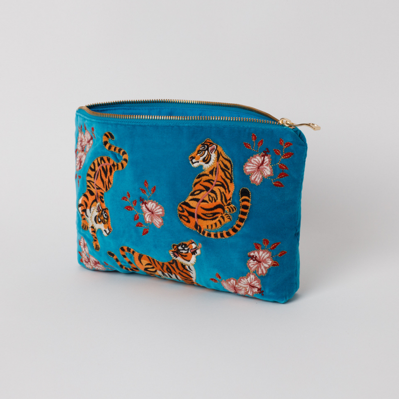 Elizabeth Scarlett Tiger Azure Everyday Pouch